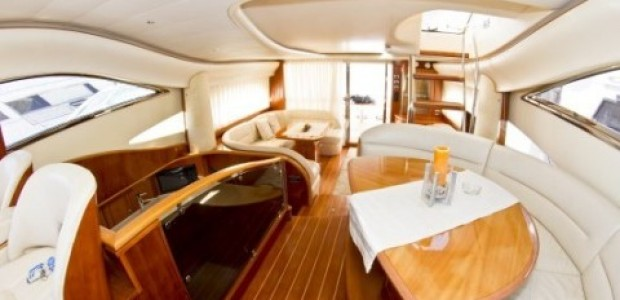 Princess 65 Fly internal view
